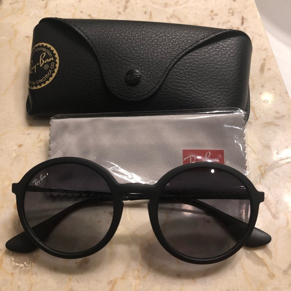 4f048fa6b94 Ray-Ban Accessories - RayBan Round Grey Gradient Sunglasses Rubber Frame
